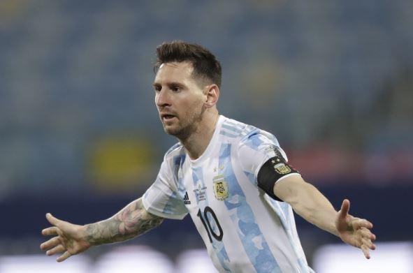 【金球奖】合乐资讯足球:纽维尔老男孩总监认为梅西会回到阿根廷退役!